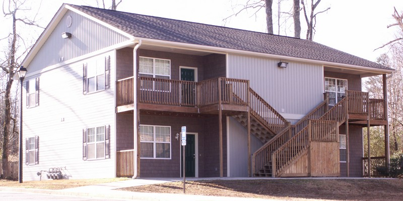 Dawsonville Courtyard Apartments